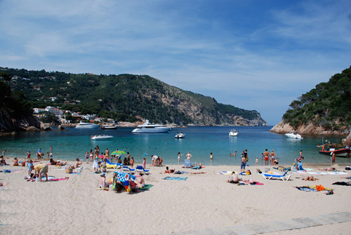 Playa De Aiguablava De Begur En La Costa Brava Playas Con Encanto