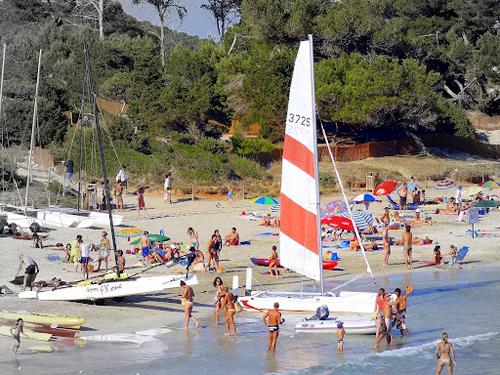 ses_salines_catamaranes