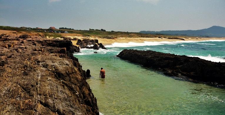 Praia_das_Furnas-ROCAS