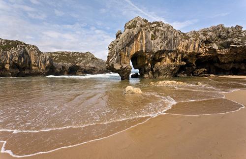 playa-de-cuevas-del-mar-02