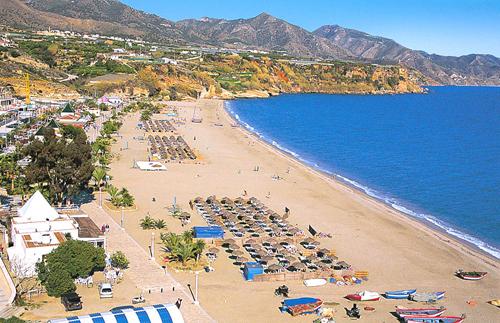 mediterraneo playa Nerja