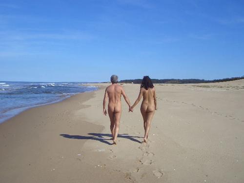 saler nudista